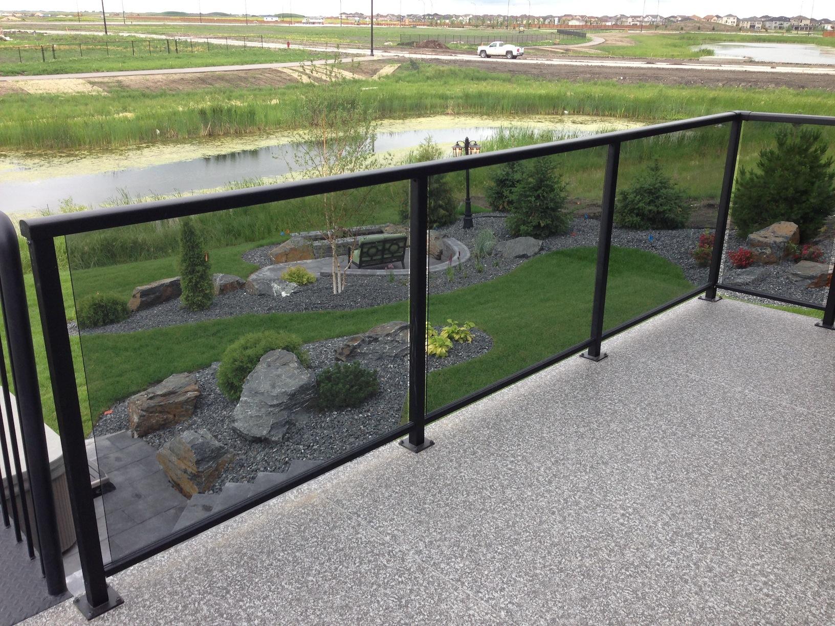 Prairie Accent Railing Winnipeg Glass And Picket Railing