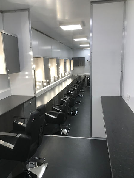 Makeup Trailer Wandering Star Facilities
