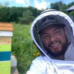 Kinnickinnic Bees Beekeeper