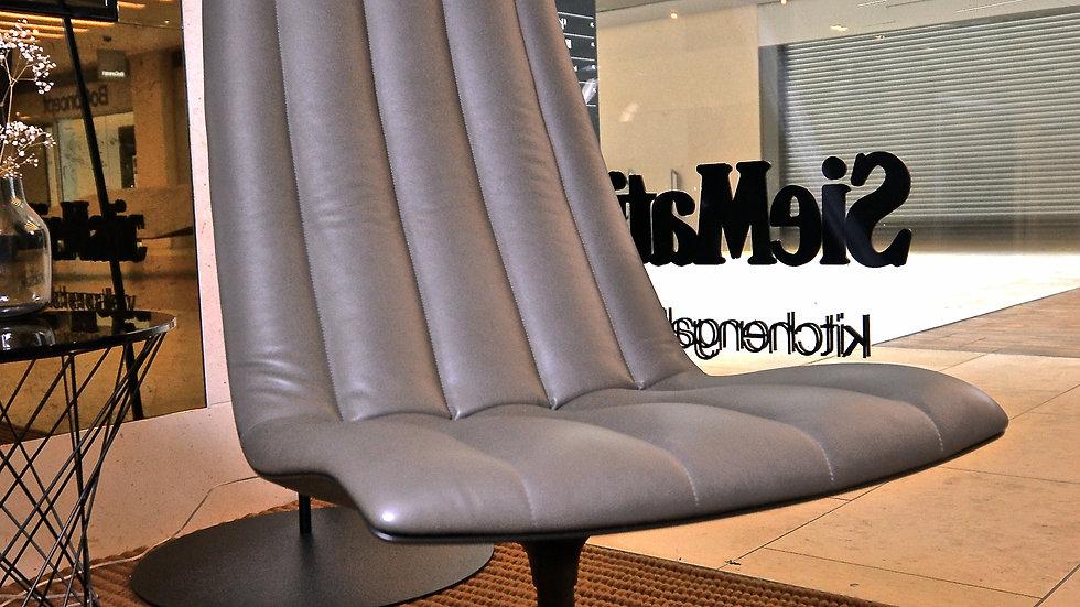 Walter Knoll Healy Lounge Chair in Elen Khaki Leather