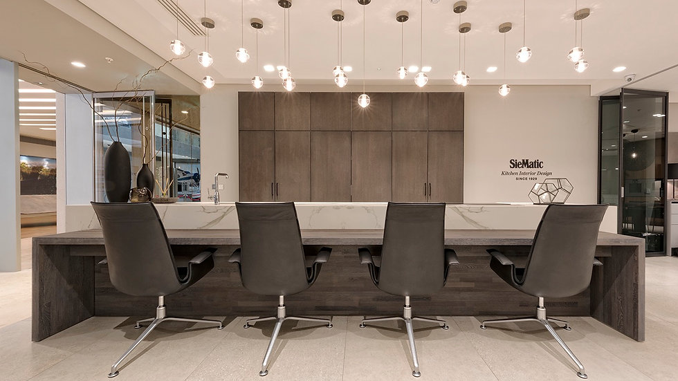 Walter Knoll FK Dining Chairs in Elen Black Leather