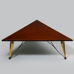 Triangular Wooden Table_v1.jpg