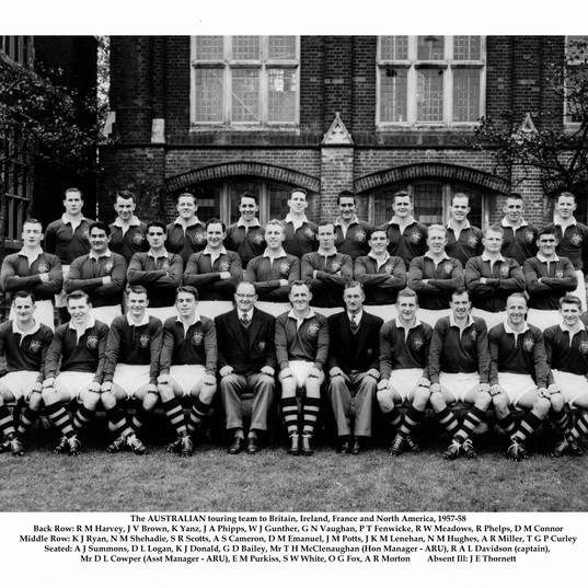 LCRU1957-09-01 tour squad.jpg