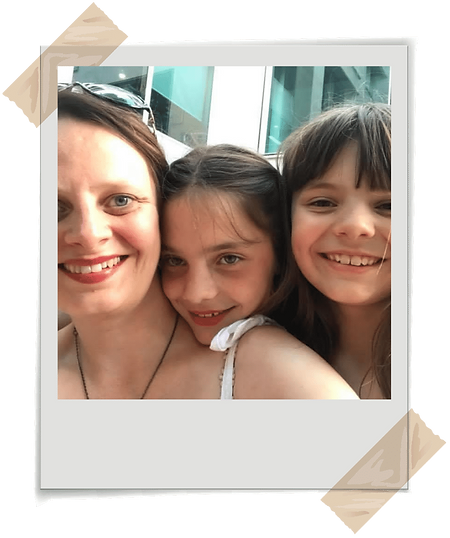 Life Change Expert Jenny Jarvis with her daughters Katie and Fiona