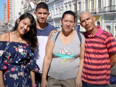 "BRASIL: Documental ""Vindas e Vidas"""