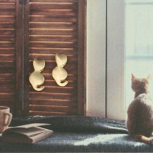 Sitting Pretty Cat Studs