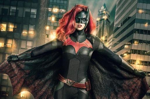 """Abril: """"Batwoman"""" é a nova série da HBO"""