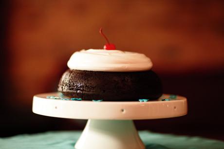 28344_Red-cake-wd.jpg