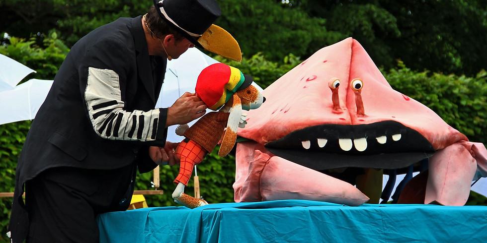 Der Reggaehase Boooo und die rosa Monsterkrabbe« (Teil 2), inszeniert vom Puppentheater Eckstein