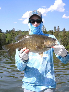 smallmouth_bass_trophy_4.jpg