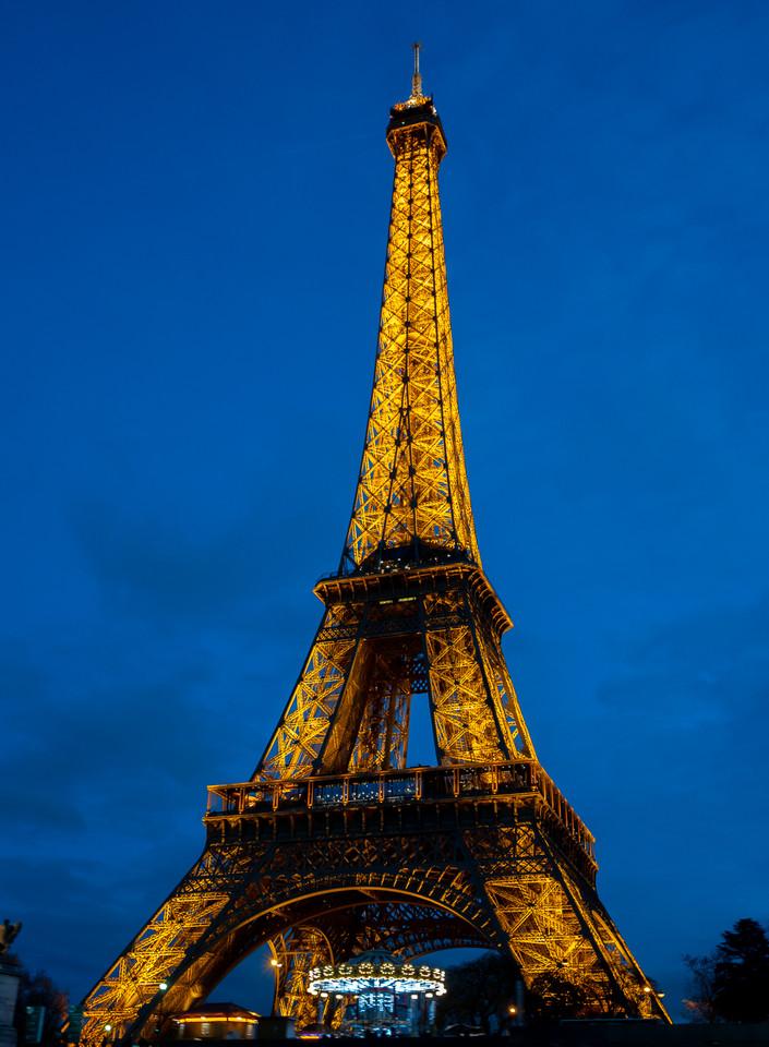 Night Time Eiffel Tower
