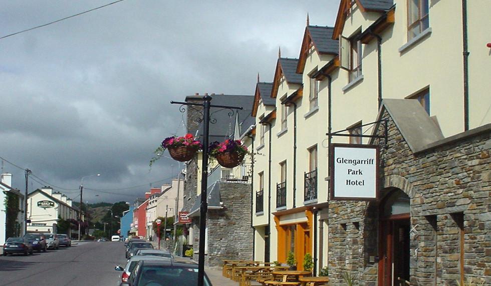 Glegarriff Park Hotel, Blue Pool Bistro, McCarthy's Bar, Glengarriff, West Cork