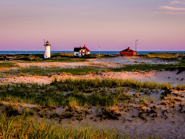 provincetown-beach-lighthouse-GettyImages-536207863.webp