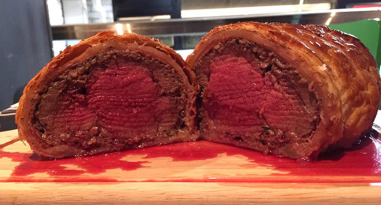 La Cantoche Beef Wellington
