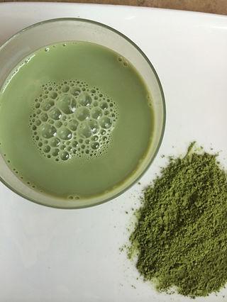 Matcha Latte using Teapigs tea and almond mylk