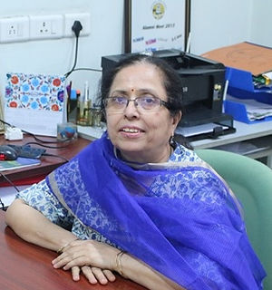 Dr. Neeru Anand.jpeg