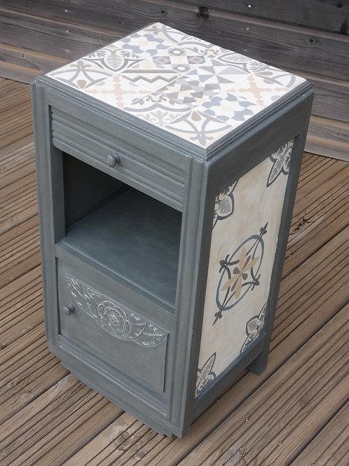 petit meuble, imitation carreaux de ciment