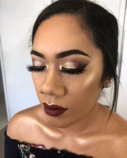 The gorgeous _neafoai Simple & Sleek eye