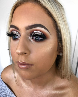 Love when my favourite client brings inspo in from my favourite MUA - _kakeikii 💎✨💎✨ _georgaboeghe