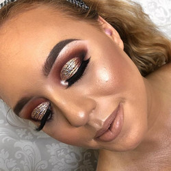 Bronze glitter eye 💥 _Ultimate glow - _