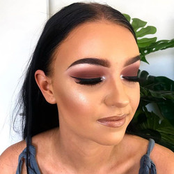 All matte vibes with a gloss lip _hollie