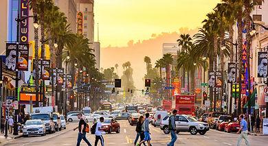 Getty_515070156_EDITORIALONLY_LosAngeles_HollywoodBlvd_Web72DPI_0.jpg
