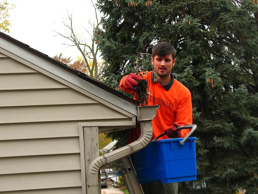 Pleasant Ridge Gutter Cleaning