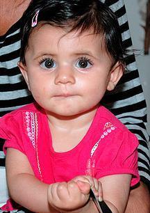baby w hair clip.jpg