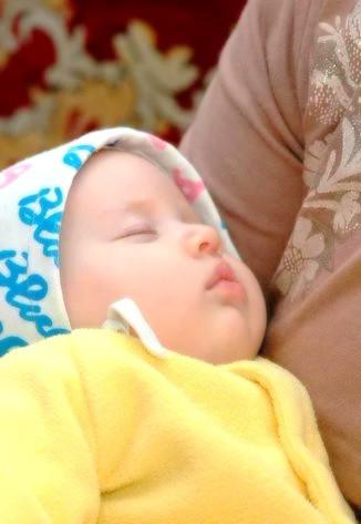 sara_baby_edited.jpg