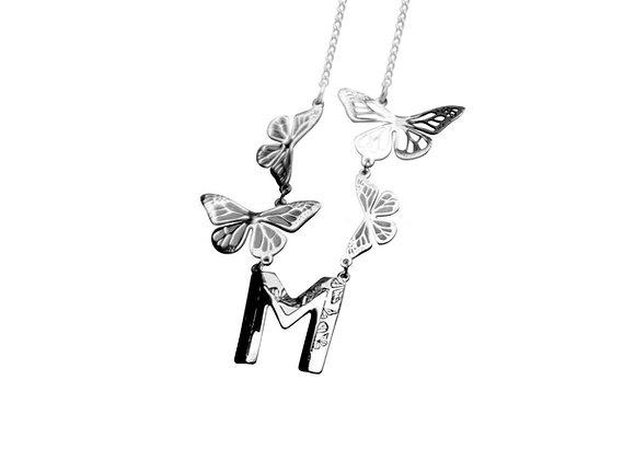 Dije Letra con 4 Mariposas Plata