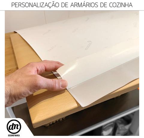PERSONALIZAÇÃO DE ARMÁRIOS DE COZINHA