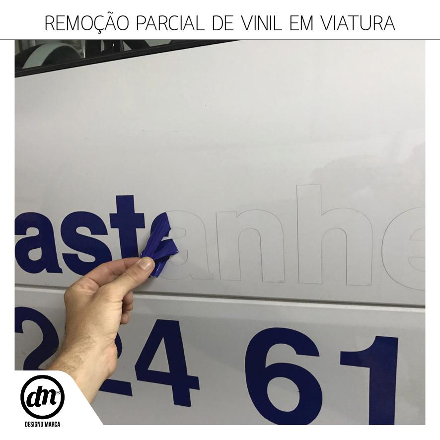 REMOÇÃO PARCIAL DE VINIL EM VIATURA
