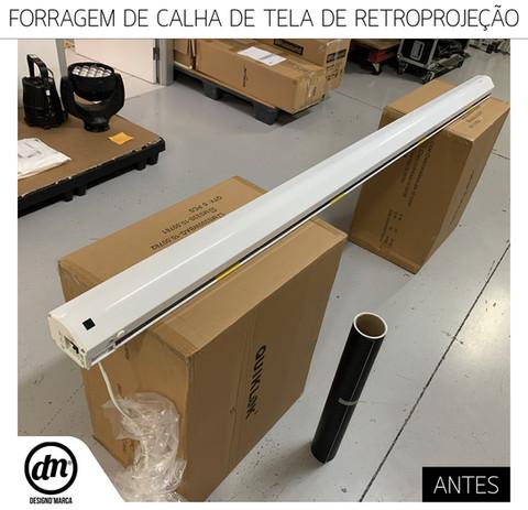 FORRAGEM DE CALHA DE TELA DE RETROPROJETOR