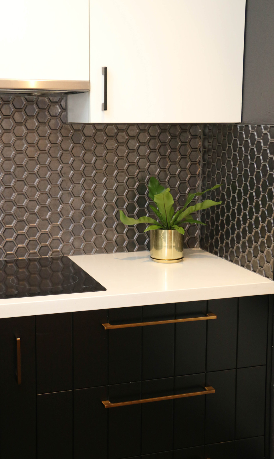 manly modern industrial kitchen metallic hexagon splashback