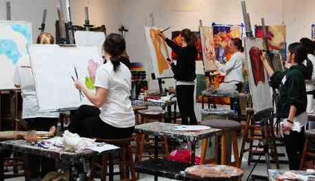 Taller de Bellas Artes auspiciado por AMA