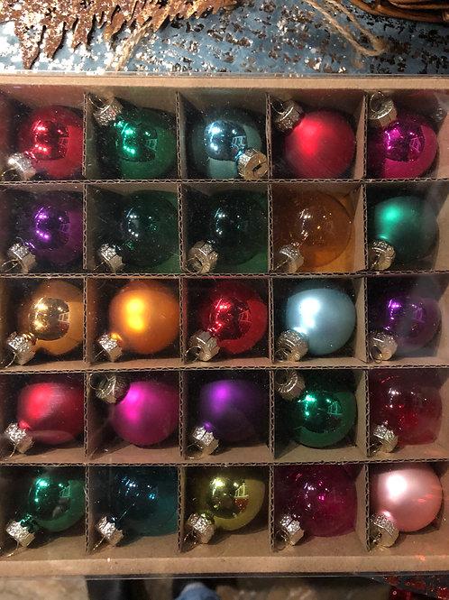 Gisela Graham Multi Coloured Small Bauble Box