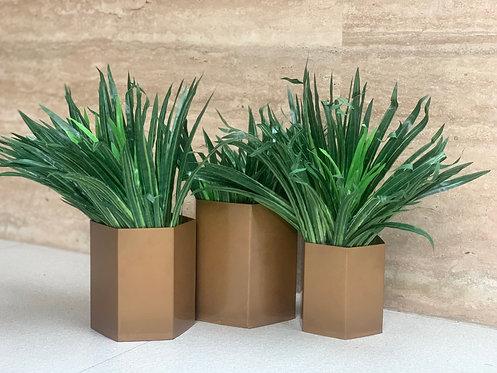 Metal planters matte golden S/3