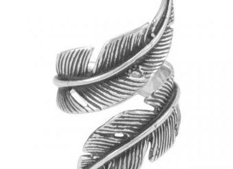 Pakilia Ring Feder