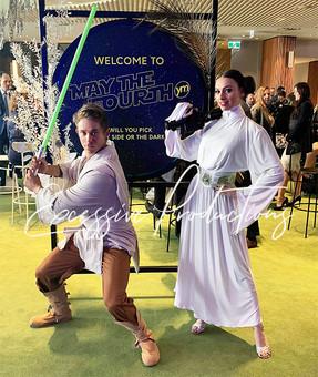 Leia and Luke Star Wars 2.jpg