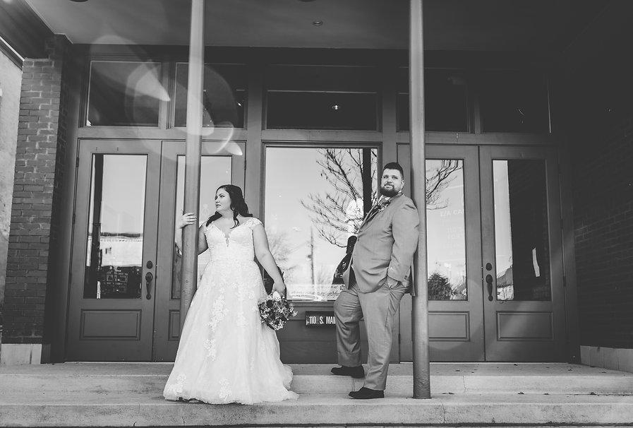 Bride and Groom 174 BW.jpg