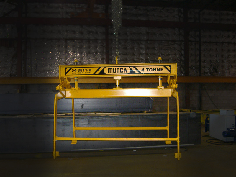 Munck Cranes Custom Underhook Attachment, Custom Underhook Grab.Custom spreader beam for papermill a