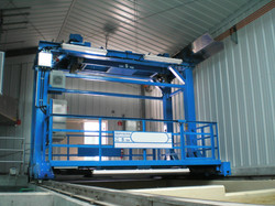 Special crane for lifting filter cassettes at water treatment plant