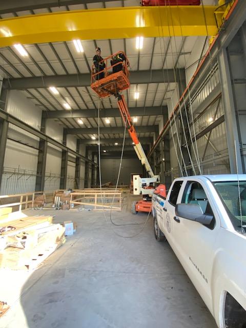 Service-Crane Installation