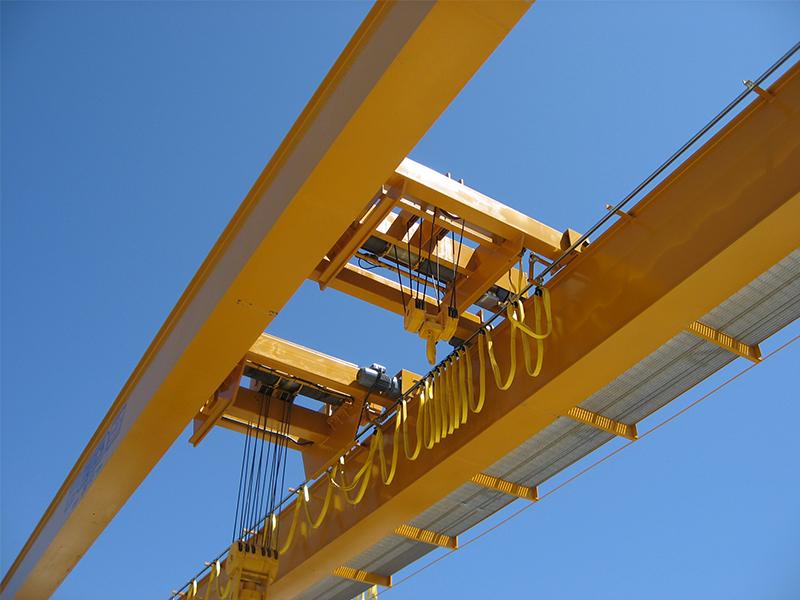 Munck Cranes Double Girder Multiple Hoist, Multiple Trolley, Catwalk Outdoor Crane.  Box Girder, Dou