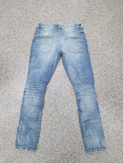 Women's jeans with distress