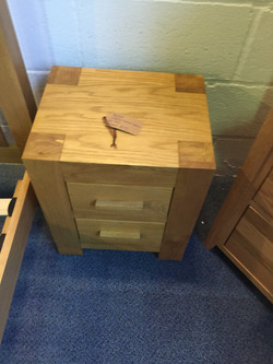Madrid Chunky bedside cabinet