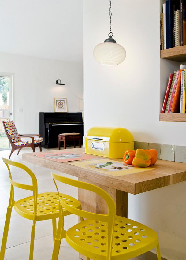 kitchento salon.jpg