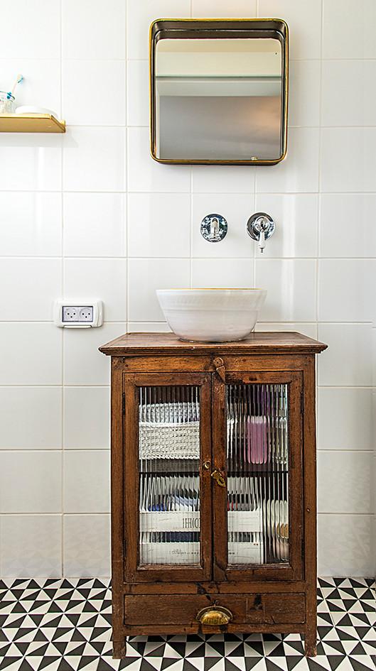 parents toilet.jpg