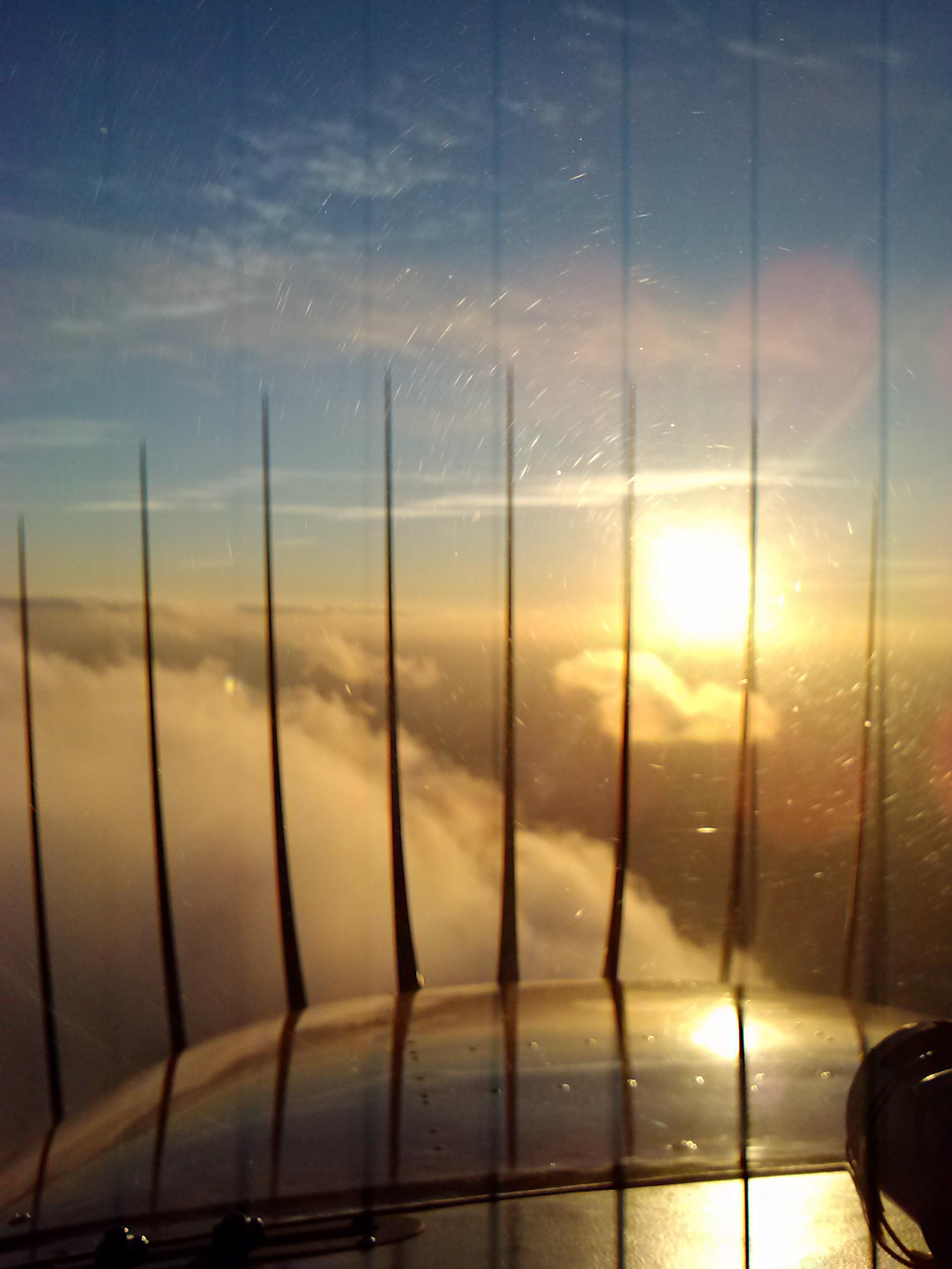 Sunset N9895V