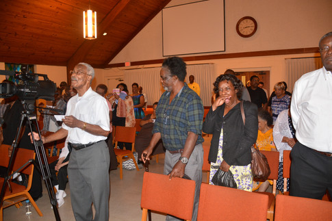 """Stand, Sing, Clap or Dance at """"An Evening of Praise"""""""
